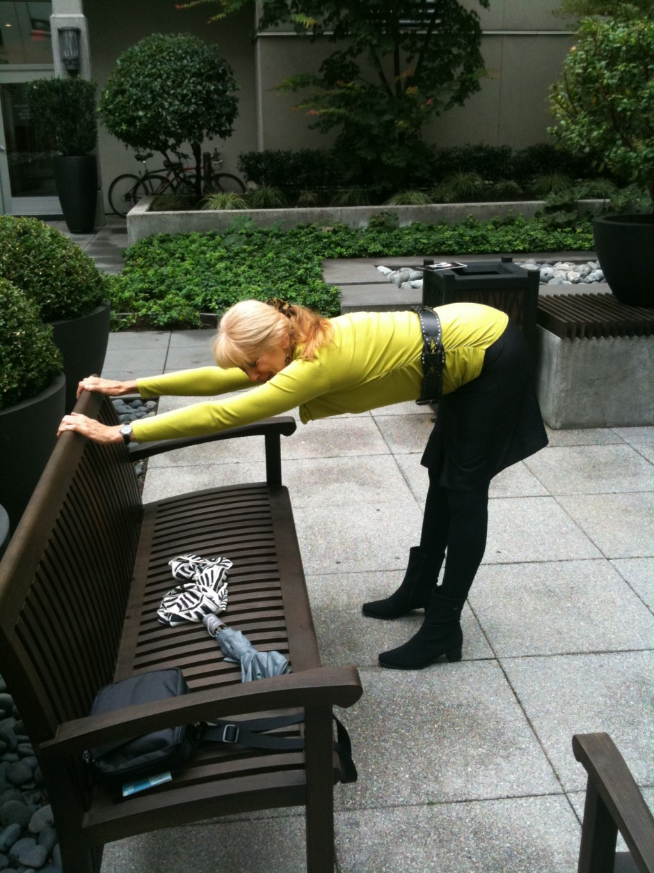 Benches and railings are convenient stretching equipment.
